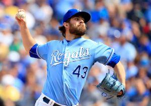 Miami Marlins Trade for Kansas City Royals' Aaron Crow