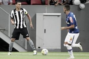Cruzeiro enfrenta o Botafogo com foco voltado para o Brasilerão