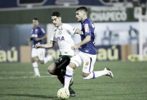 Cruzeiro mede forças com Chapecoense visando se afastar ainda mais do Z-4