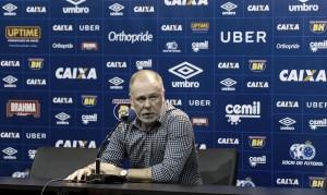 Mano acredita em 'final aberta' e assume responsabilidade em derrota do Cruzeiro