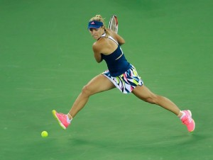 WTA Pechino, avanzano Muguruza, Radwanska e Kerber