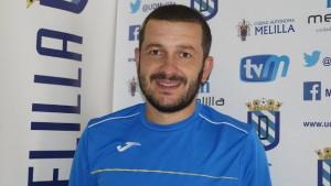 Fernando Currás, destituido como entrenador de la UD Melilla