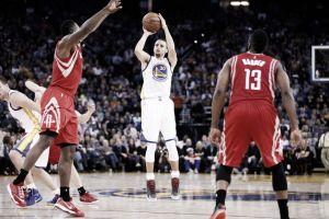 Los Rockets de un gran Harden sucumben ante Curry