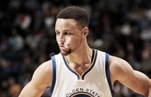 Resumen NBA: 2x1 en récords para Curry y otra victoria para los Warriors