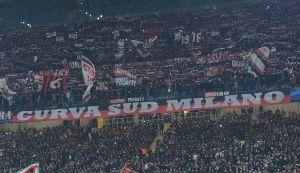 Milan, la protesta del tifo