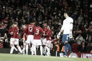 Pogba dirige el plácido triunfo del United