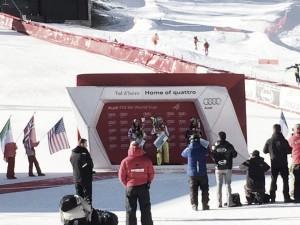 Sci alpino, Super G Val d'Isere: torna a vincere Lara Gut, ottima terza Elena Curtoni. Out Sofia Goggia