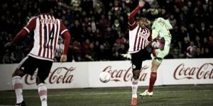 Juárez y su 'bravura' abollan la corona del campeón