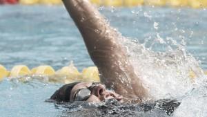 Nadadora Patricia Valle obtiene presea de bronce en Paralímpicos