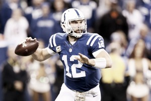 Indianapolis Colts sign Andrew Luck to six-year extension