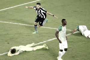 Pimpão decide, Botafogo vence Atlético Nacional e se classifica na Libertadores