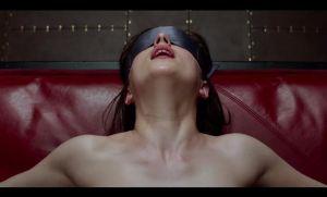 Críticas en 1 minuto: 'Cincuenta Sombras de Grey'