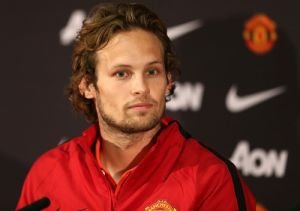Daley Blind out for 4-6 weeks with torn knee ligaments
