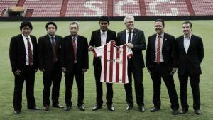 Teerasil Dangda: los futbolistas y los negocios