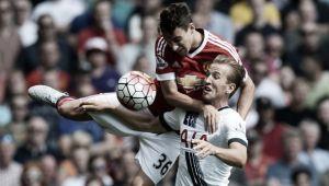 Premier League, la prima giornata: il ruggito di Manchester, Mou deve già rincorrere
