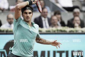 Federer no se deja sorprender y ya está en semifinales