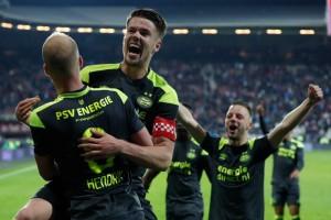 Eredivisie: PSV ed Ajax scappano, nelle zone basse vincono Roda e Sparta Rotterdam