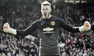 David De Gea could face up to a month out after dislocating finger with national team