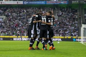 Bundesliga - Il Gladbach abbatte il Wolfsburg 3-0: la zona Europa League è a -3