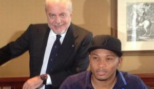 Official: Zuniga signs Napoli contract extension