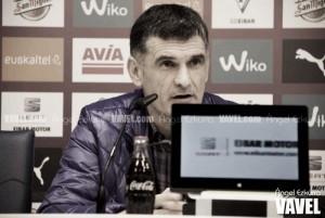"""Mendilibar cree que el equipo """"va a dominar más el juego que el rival"""""""