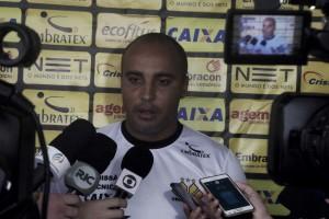 Deivid confirma retornos de Diego Giaretta e Barreto para clássico contra Figueirense
