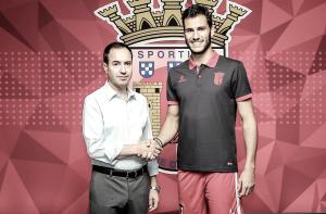 Moreira pone rumbo a Braga