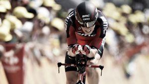 Tour de France 2015: Dennis takes first yellow jersey