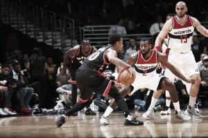 La mejor versión de DeRozan guía a los Raptors a la victoria frente a los Wizards