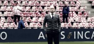 """Erik ten Hag: """"El PSV es más mental que nosotros, son más disciplinados y tienen un mejor espíritu de equipo"""""""