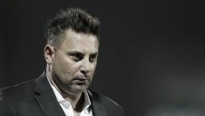 Antonio Mohamed triste por la derrota albiazul