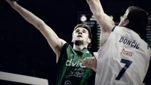 López-Arostegui firma por el primer equipo del Joventut