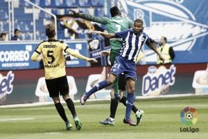 Al Deportivo Alavés sele escapandos puntos en los últimos minutos
