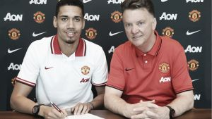 Chris Smalling, 'red devil' hasta 2019