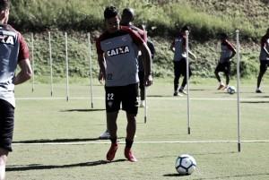 Em confronto nordestino, Vitória e Sport duelam buscam se reabilitar no campeonato