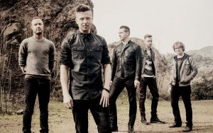 La reedición de Native de OneRepublic se presenta con 'Love Runs out'