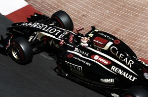 El Lotus E23 supera el crash test de la FIA