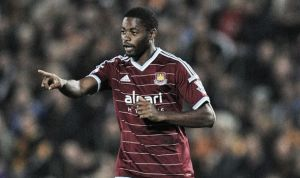 AC Milan reportedly chasing midfielder Alex Song