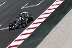Lewis Hamilton conquista el Gran Premio de España