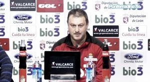 """Manolo Díaz: """"El Alavés es un equipo complicado, difícil, correoso y peligroso"""""""