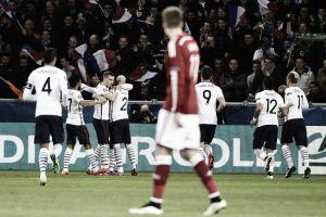 França resolve no primeiro tempo e leva a melhor diante da Dinamarca