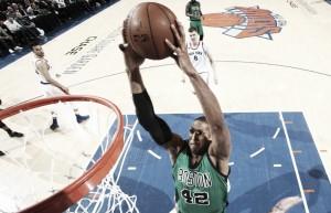 Celtics vencem Knicks e continuam na liderança da Conferência Leste
