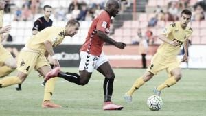 Resultado Girona - Nàstic en Liga Adelante 2016 (1-1): Mata saca la garra