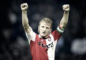 Kuyt se ve un año más en el Feyenoord