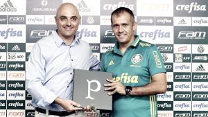 """Eduardo Baptista é apresentado no Palmeiras: """"É o grande desafio da minha vida"""""""