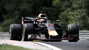 Tiempos muy ajustados entre Red Bull y Ferrari en la jornada del viernes