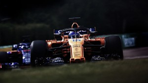 """Fernando Alonso: """"Prefiero una pista muy húmeda y mojada"""""""