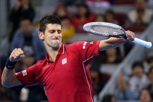 Djokovic sufre para ganar a Monfils en los octavos de París-Bercy