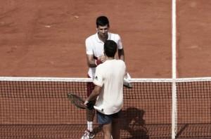 Novak Djokovic supera jovem Jaume Munar e avança à terceira rodada do Aberto da França