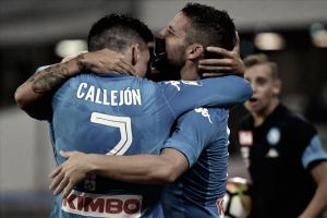 El Napoli no perdona y castiga goleando